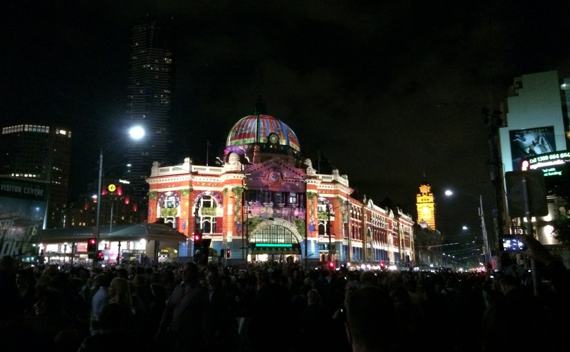 Twilight : White Night Melbourne – Flinders Street Station