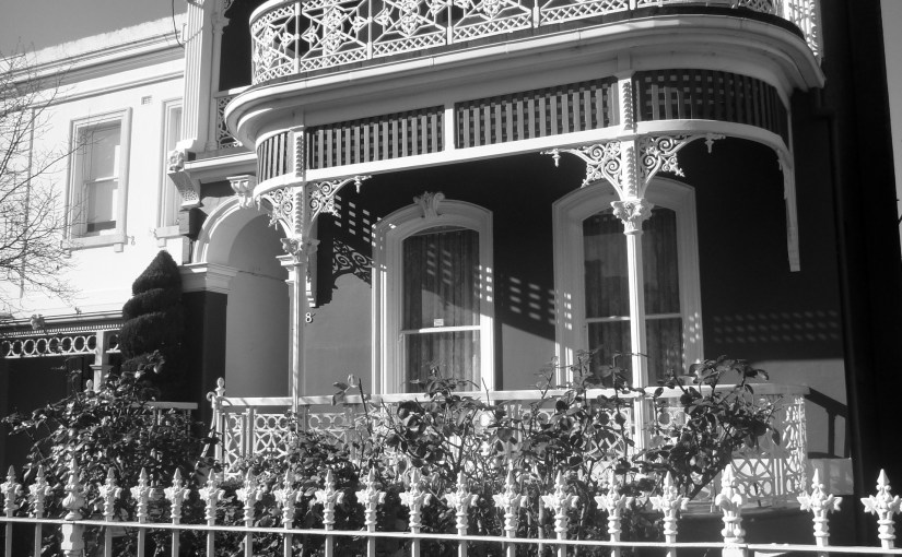 Chromatic Outlook : Opera House – Opera Box Style Balcony (No 138 Powlett Street)