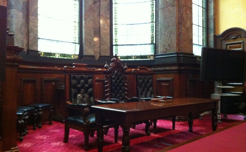 Interior : Melbourne Town Hall – Council Chambers