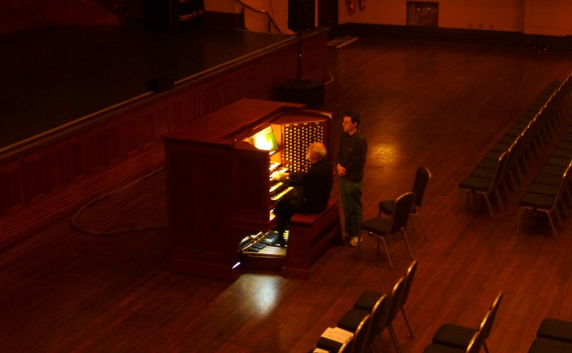 Still Expression : Melbourne Town Hall – Organ Playing