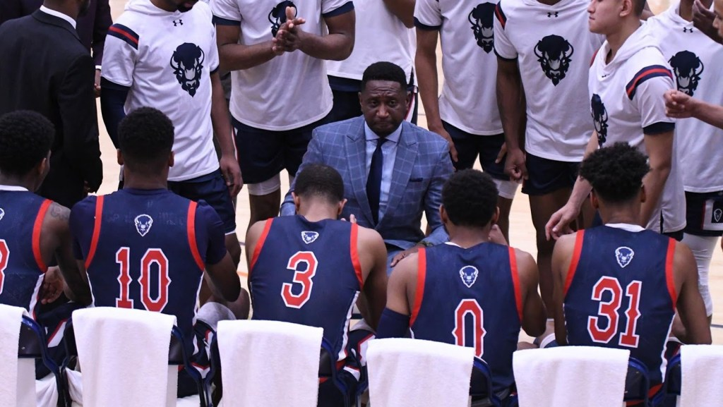Morgan State Bears Claw for Last-Minute Victory Over Bison