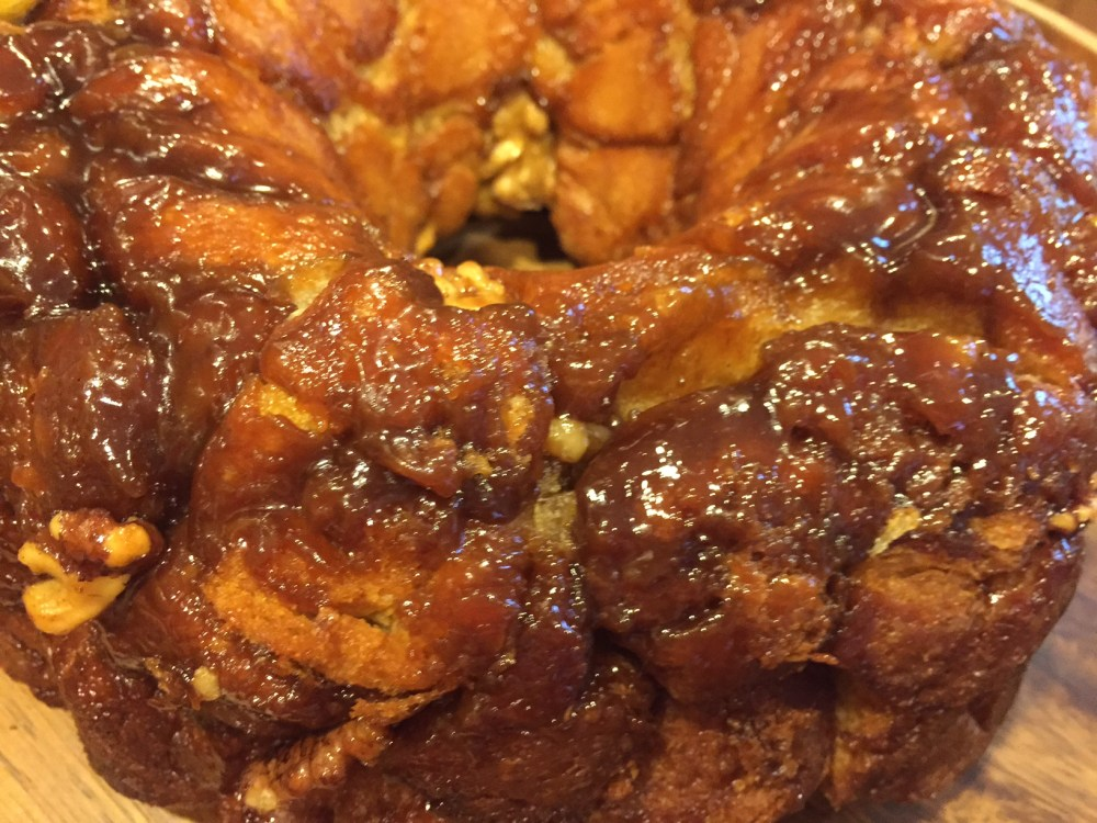 The Easiest Monkey Bread Recipe Ever with @earth_balance and @Pillsbury Crescent Rolls #vegan (2/6)