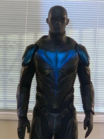 titans-nightwing-costume-reveal-dc-1197011