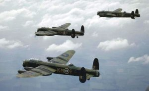 WW2_-_Lancaster_Bomber