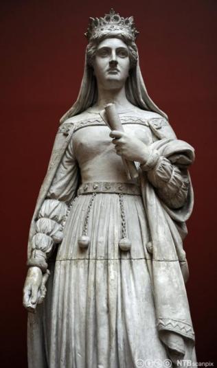 Statue of Margaret I