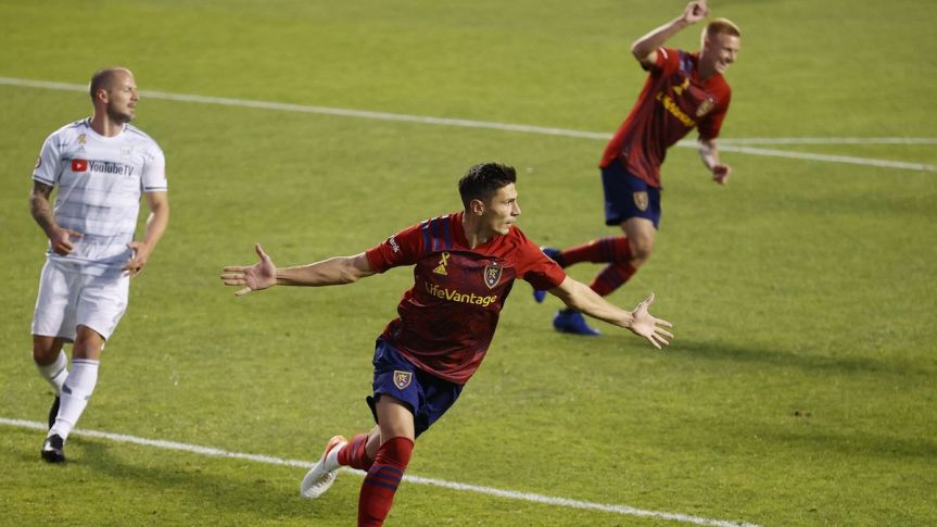 Real Salt Lake dominates LAFC in 3-0 win
