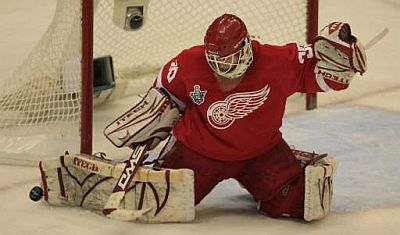 Chris Osgood of the Detroit Red Wings.