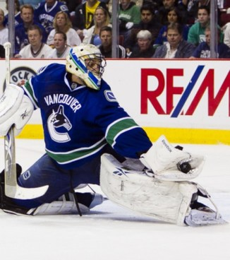 Various trade rumours have Roberto Luongo headed to Toronto (Icon SMI)