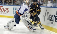 Lightning Claim Kevin Poulin Off Waivers
