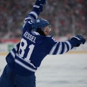 Phil Kessel, Toronto Maple Leafs, Winter Classic, Tom Turk, The Hockey Writers, THW, Hockey, NHL