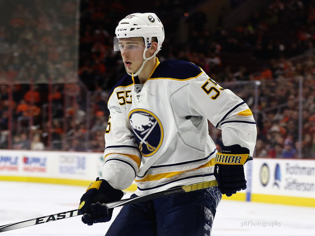 Sabres extend Eichel on eight-year, $80M deal