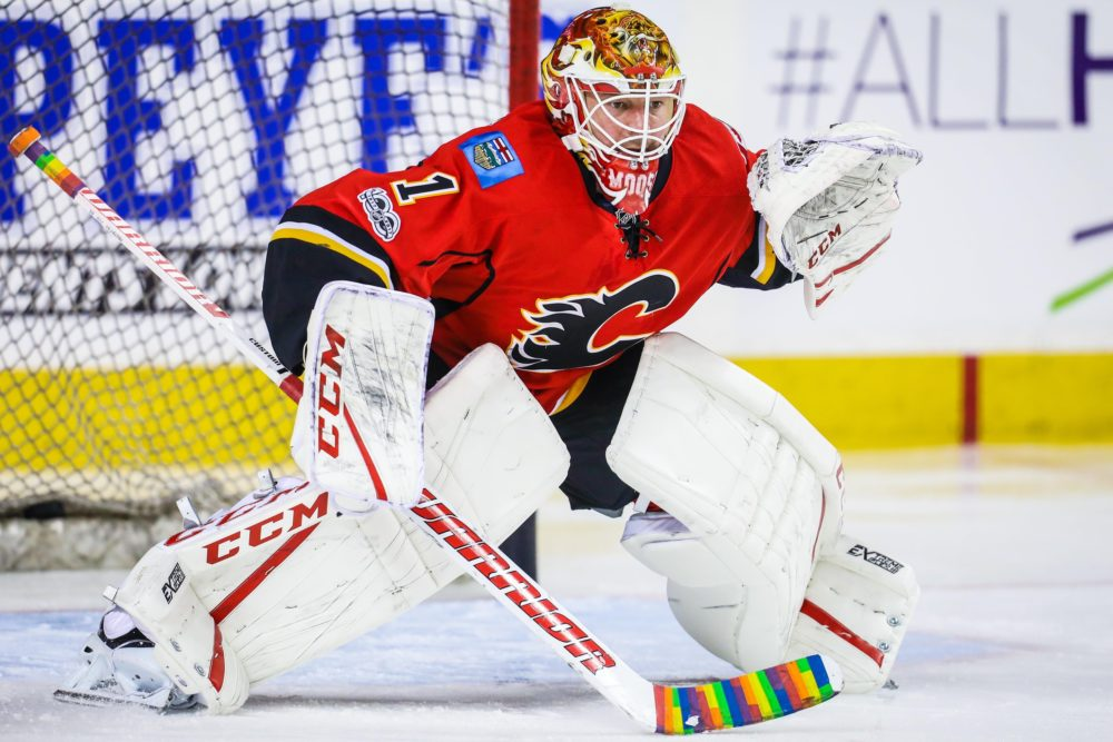 Flames land goalie Smith from Coyotes for Johnson, Hickey and conditional pick