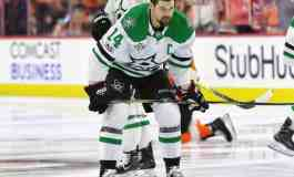 Stars Stay Idle at Deadline, Need to Score From Within