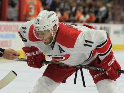 (Amy Irvin/The Hockey Writers) If Jordan Staal is your first-line centre and Ron Hainsey your only veteran defenceman, your team probably isn't making the playoffs. Bill Peters is a great coach and he'll get the most out of the Hurricanes again, but Carolina won't make the cut.