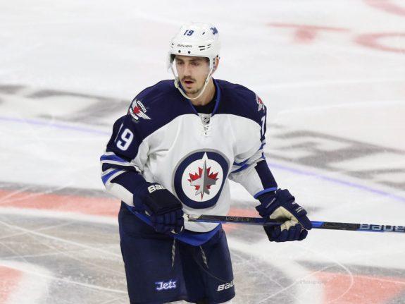 Winnipeg Jets forward Nic Petan