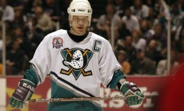 Ducks to Retire Numbers of Two Franchise Greats