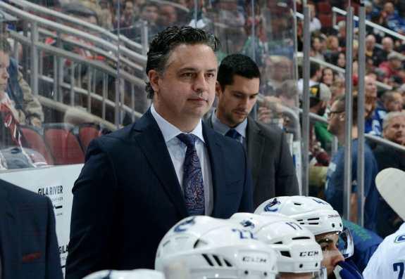 Head coach Travis Green