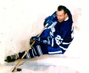 Eddie Shack scored two for Leafs.
