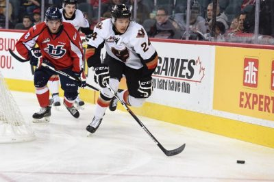 Carsen Twarynski of the Calgary Hitmen