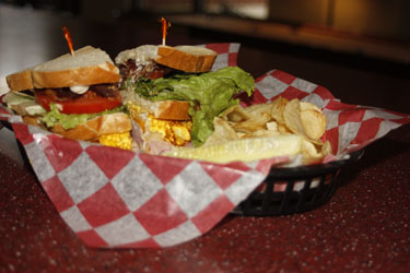 Hody Club Sandwich with Chips