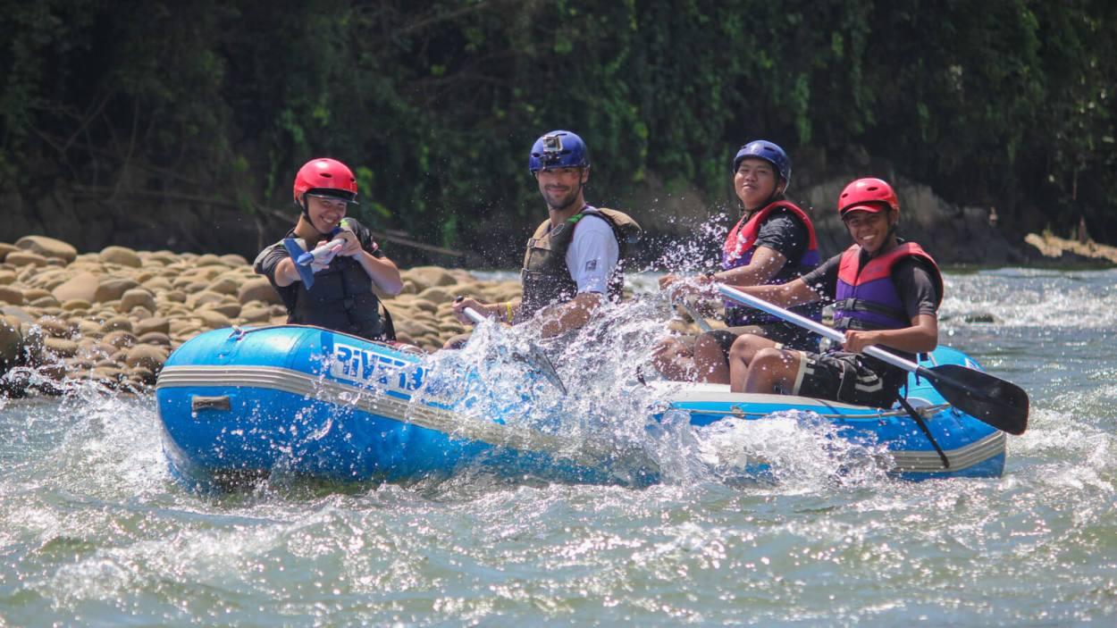 Derek Freal white water rafting