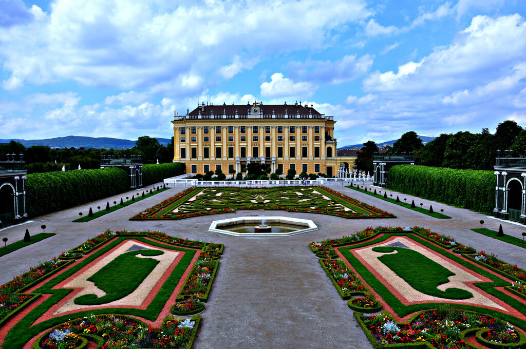 Schonbrunn Palace in Austria, an obligatory stop for all first time Vienna visitors