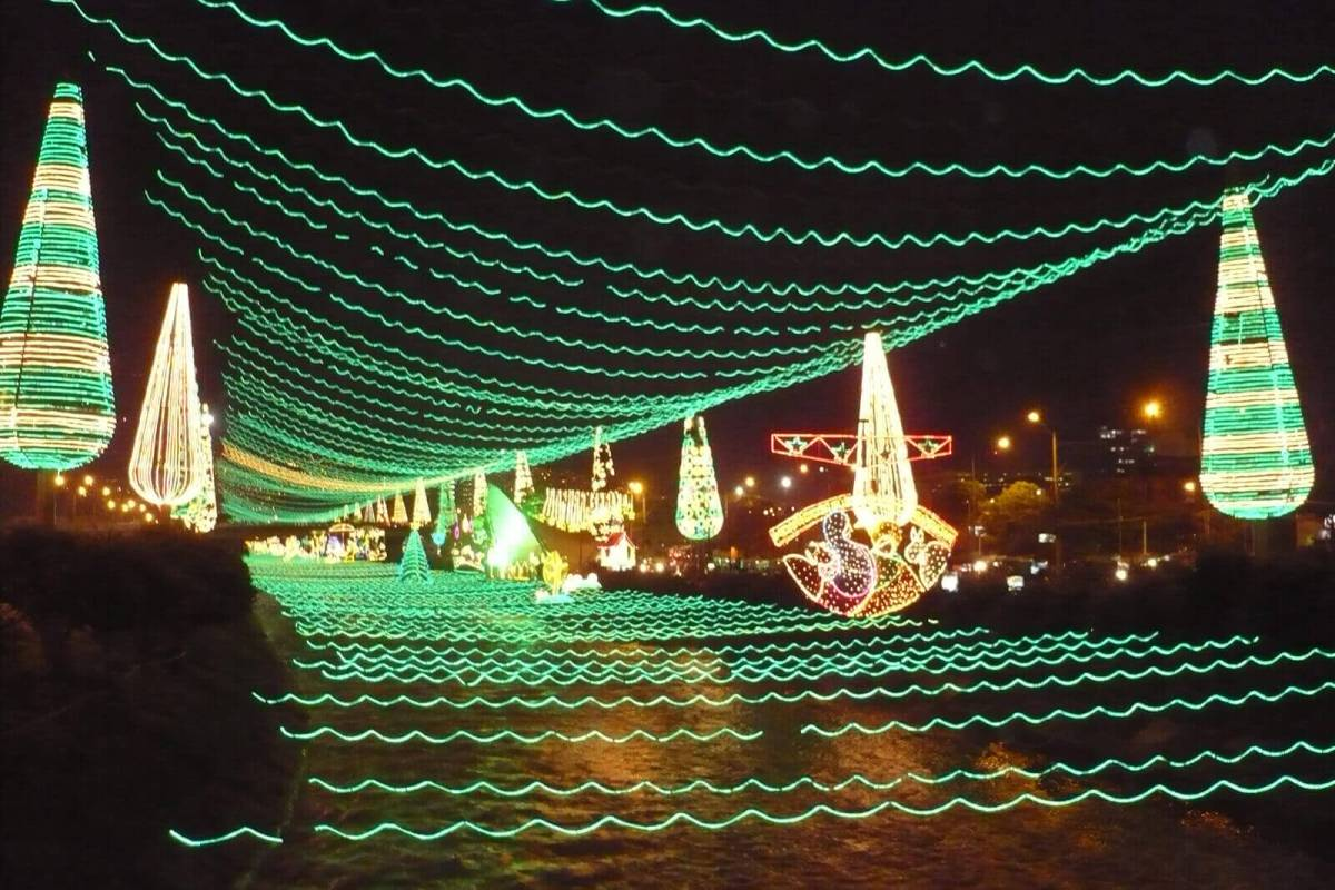 El Alumbrado in Medellin is the perfect way to experience an authentic Christmas in Colombia