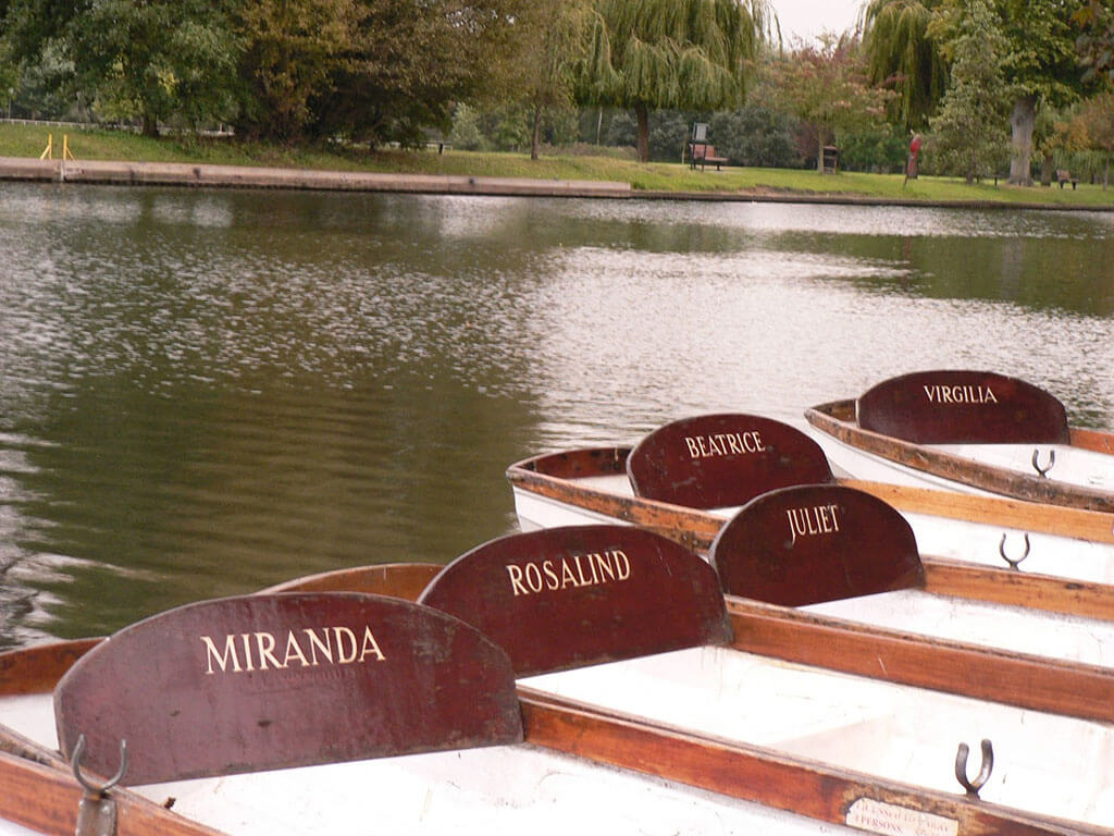 Boats in the River Avon in Stratford-Upon-Avon named after female characters in William Shakespeare's plays