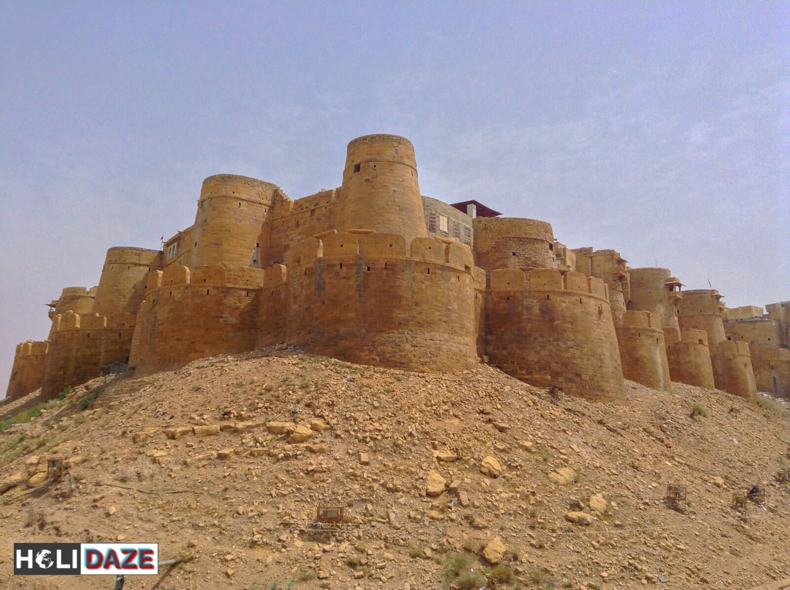 Jaisalmer Fort, the oldest and most well-preserved of all the historic royal Rajasthan forts