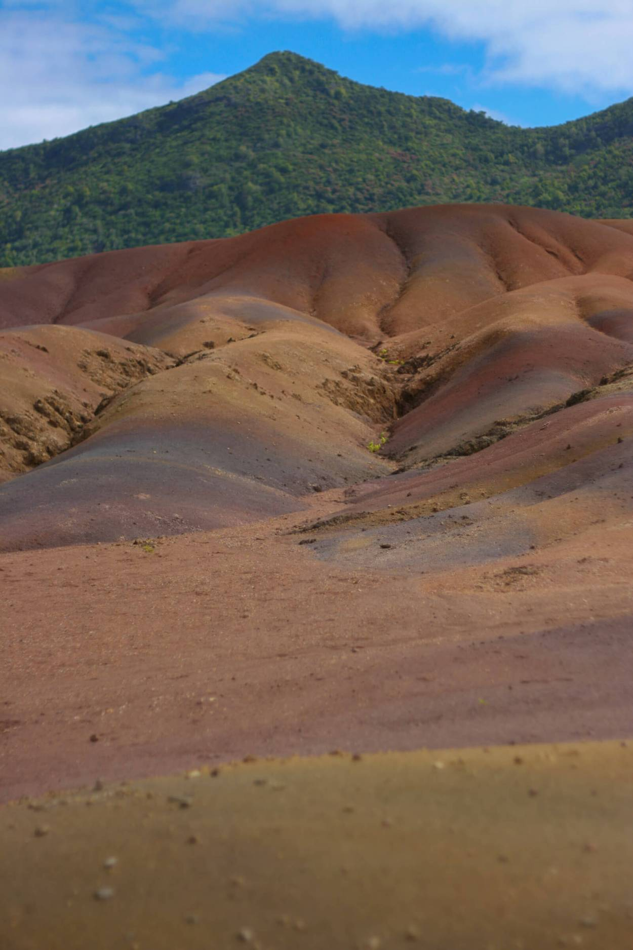The 7-colored sands of Mauritius are a geological wonder and still unexplained by scientists