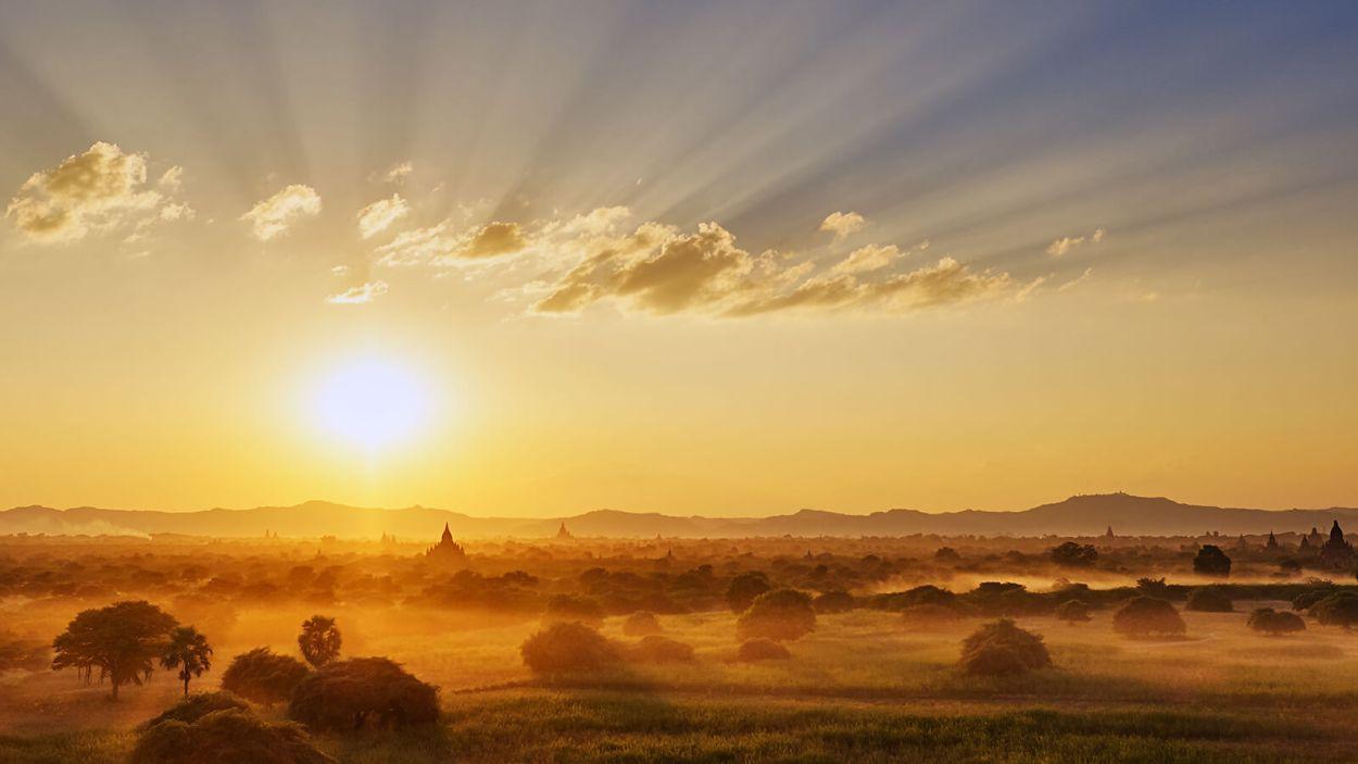 Breathtaking Bagan, Myanmar sunset