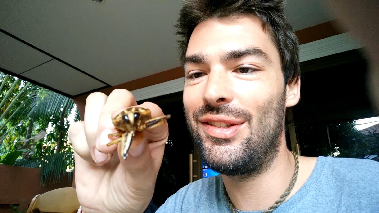 New episode of Derek Eats That! .... cockroaches