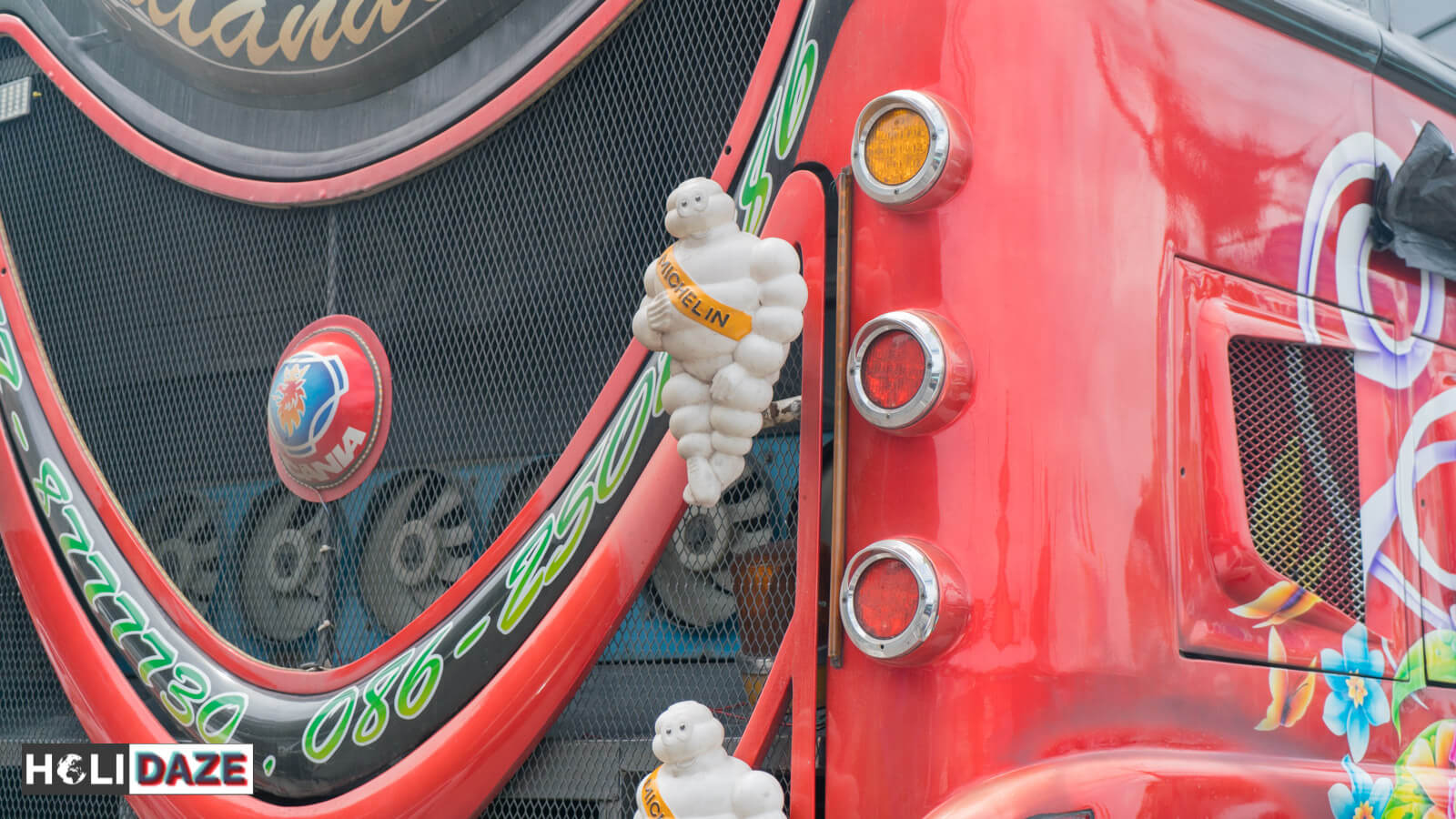 Thai buses love the Michelin man despite the fact they don't even use Michelin tires