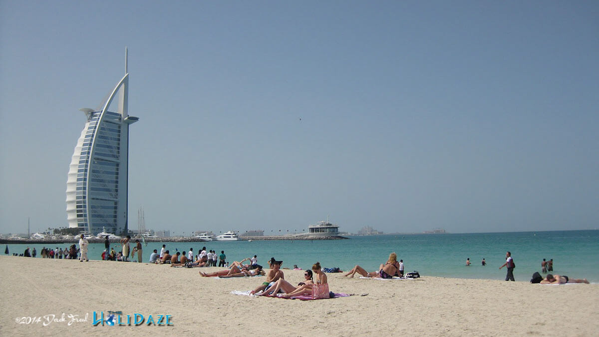 Visit Jumeirah Beach, one of the best free things to do in Dubai