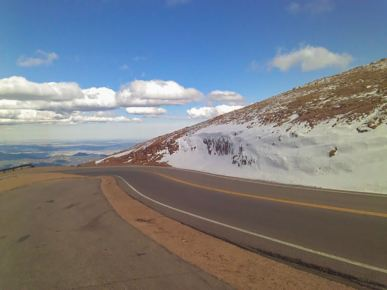 The road to the summit of Pike's Peak in Colorado, USA