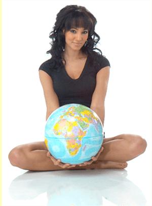 The HoliDaze Travel Blogger Interviews: Pandora The Explorer