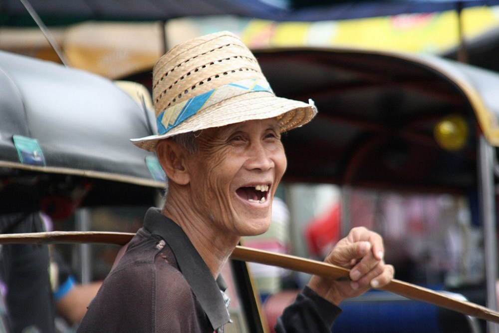 FriFotos: An Old Man In The Land Of Smiles