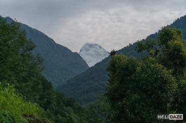 Trekking Annapurna Sanctuary in Nepal