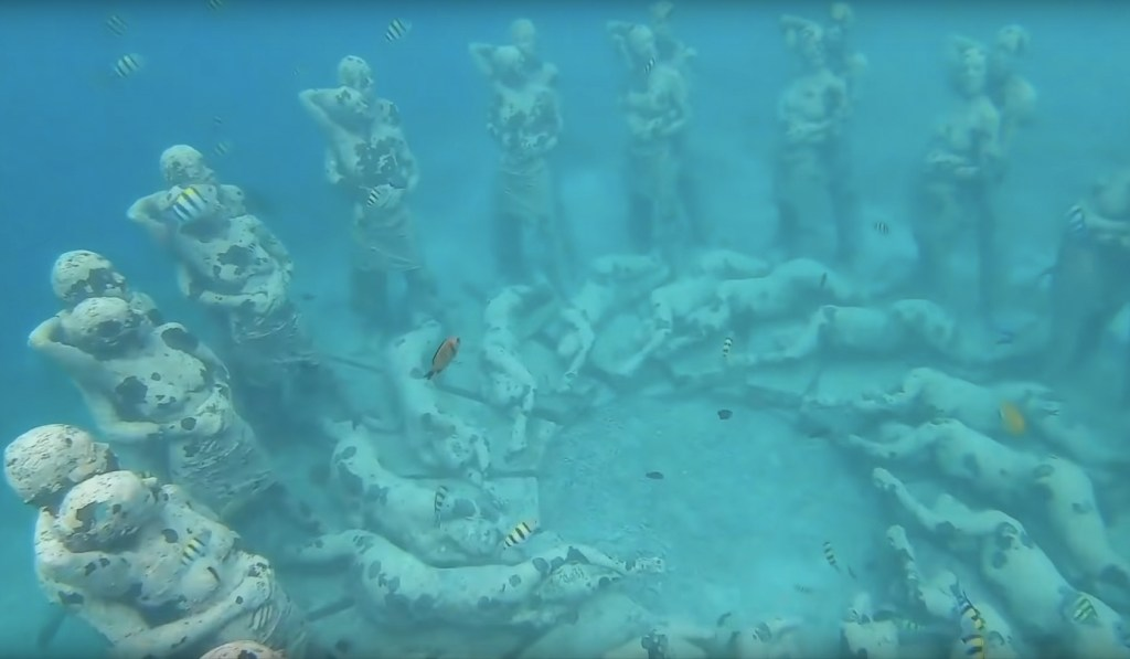Gili Meno Underwater Statues