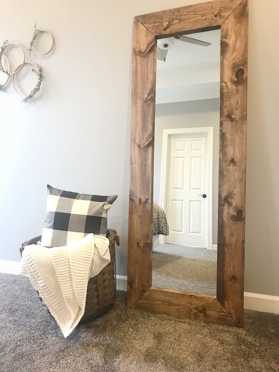 How to Build a DIY Wood Mirror Frame - The Holtz House