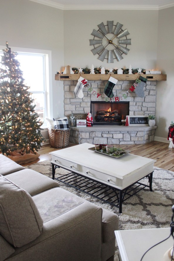Farmhouse Christmas Living Room