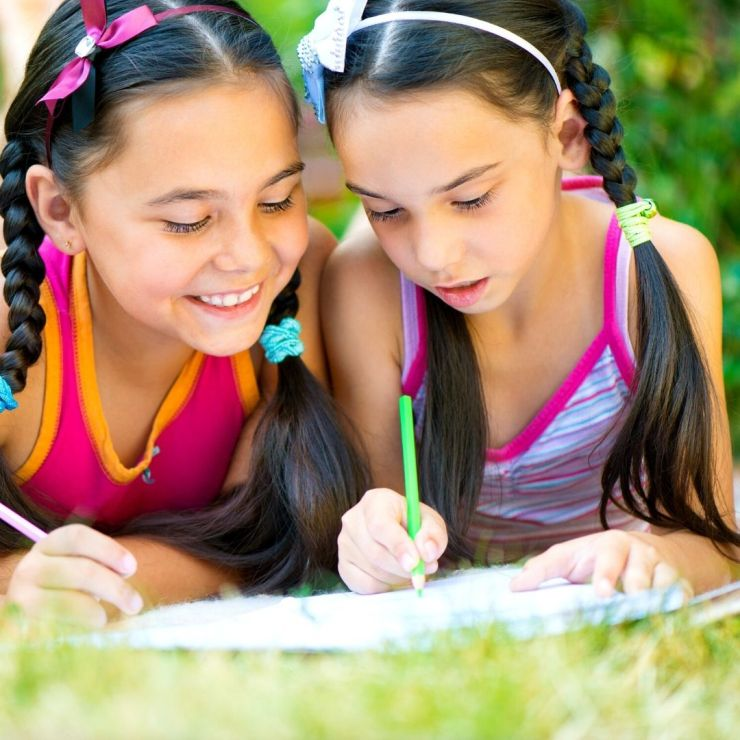 Teaching writing with WriteShop Primary. A pressure-free, engaging curriculum that guides you ste-by-step through teaching your kids to write - and loving it!