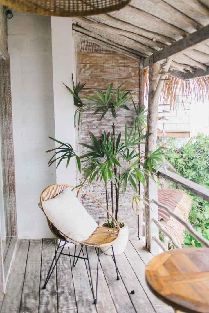 Neutral Mykonos Garden Design Ideas