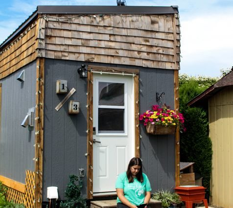 Top 5 Reasons You Should Get (Or Build!) A Tiny House