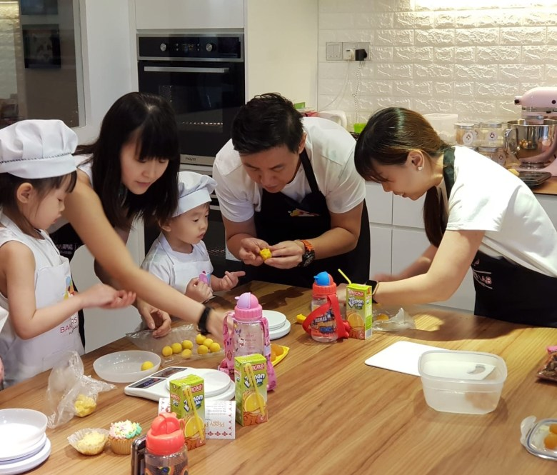 parent and child baking sessions