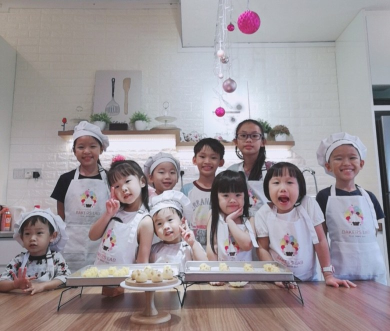 baking class for kids Singapore