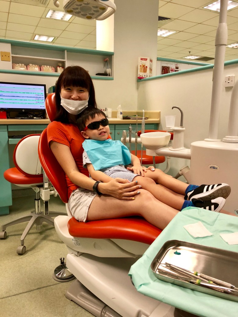 child's first dental visit HPB