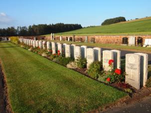 War Graves, Dunure
