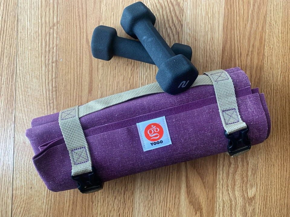 must pack layover items for flight attendants #workout