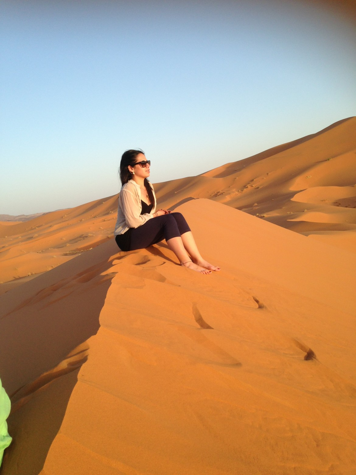 7 tips for confident solo female travel -
